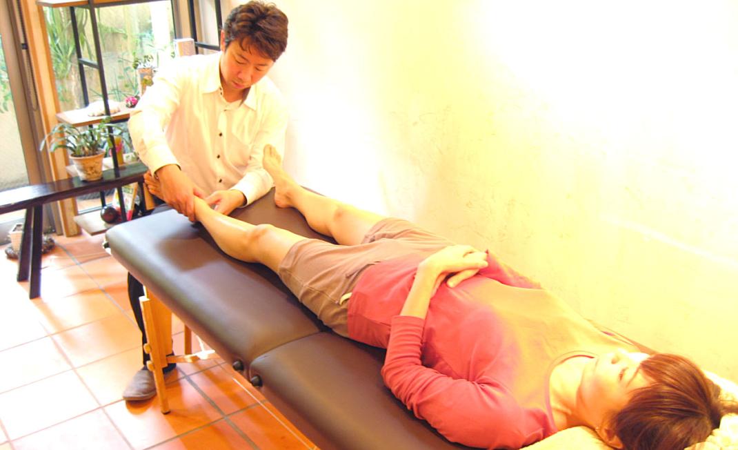 【セラピスト・治療家向け】女性患者が3倍増えた!差がつく骨盤・O脚矯正法